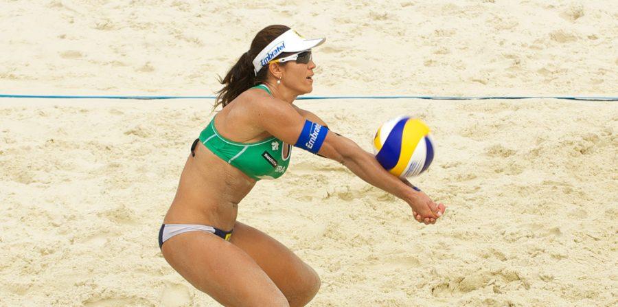 Nem kötelezhetők a női sportolók a testük mutogatására!