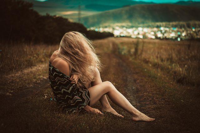Minden bántó szavad tüskékkel szabdalja a lelkemet…